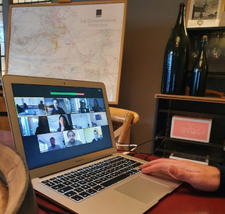 Virtual Team Building discovery of Champagne with a local expert